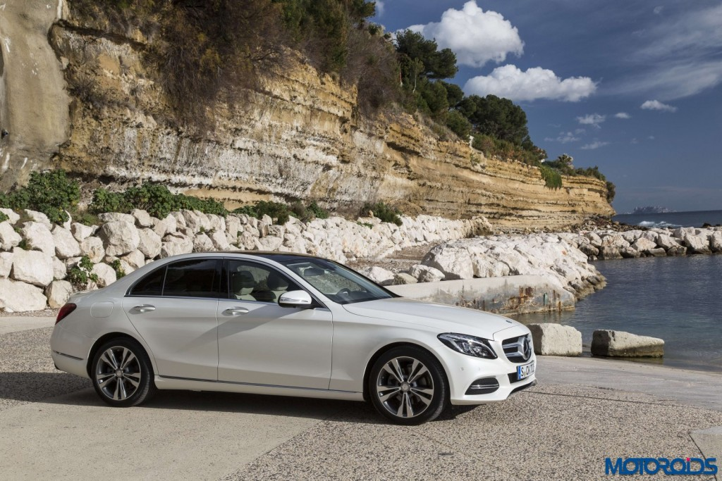 Mercedes-Benz C_220_BT_Avantgarde_Diamantweiss