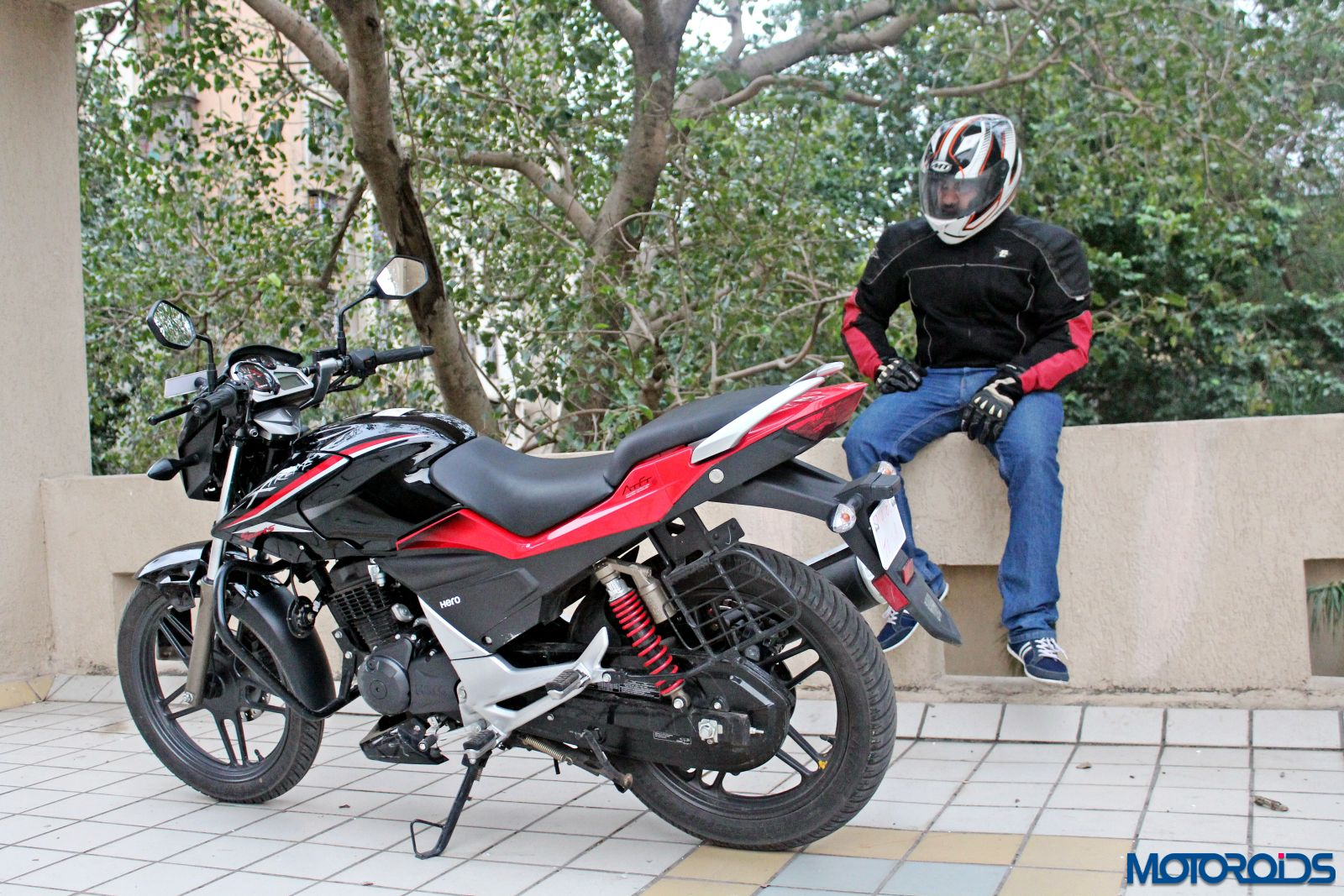 New 2015 Hero Xtreme Sports Review: Snazzy Step-Up | Motoroids