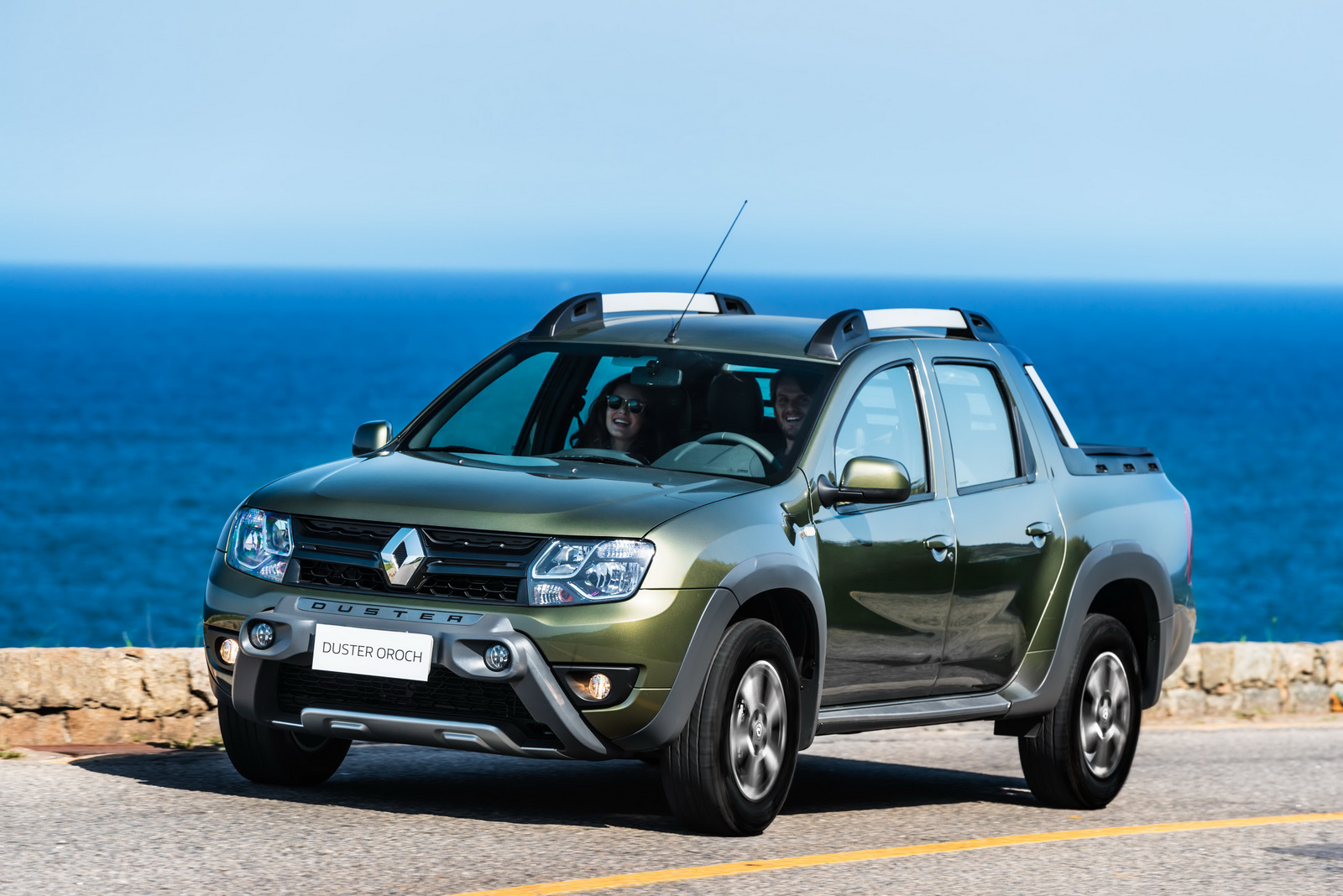 renault duster oroch pick up truck launched in brazil starts at inr lakh converted. Black Bedroom Furniture Sets. Home Design Ideas