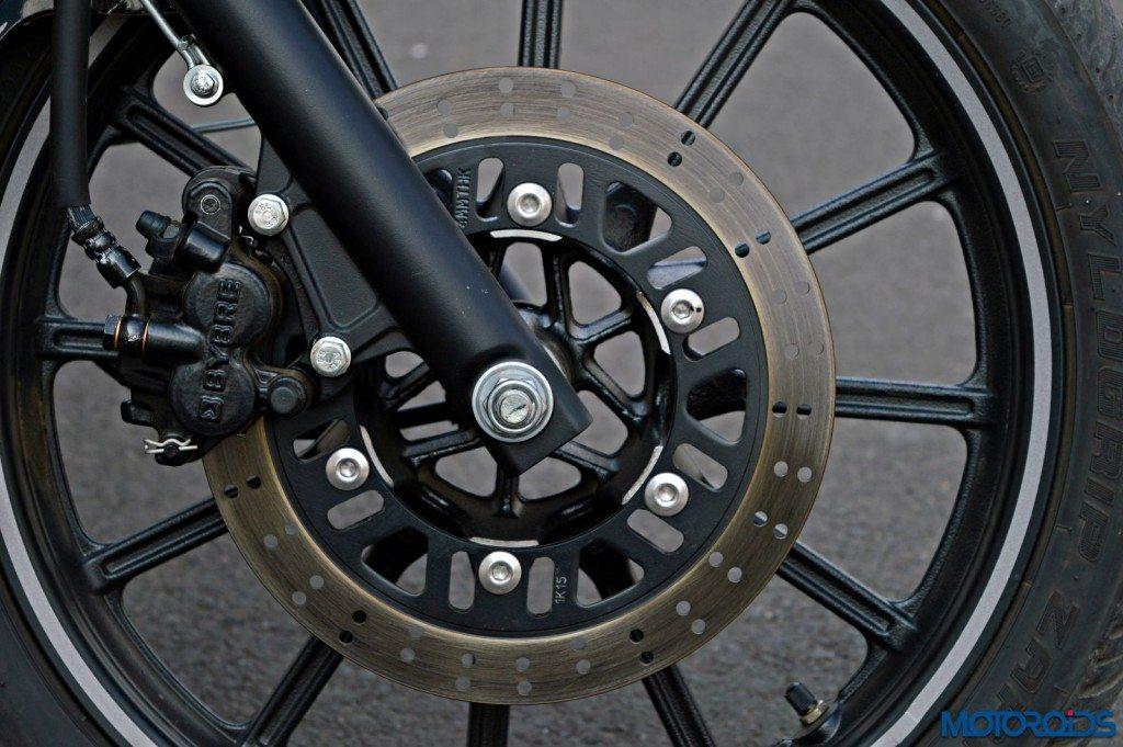 2015 Bajaj Avenger 220 Street - Detail Shots - Front Brake (1)
