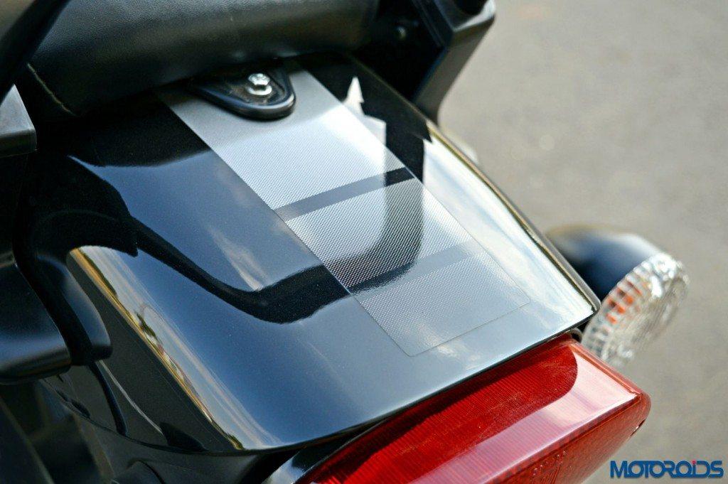 2015 Bajaj Avenger 220 Street - Detail Shots - Rear Panel