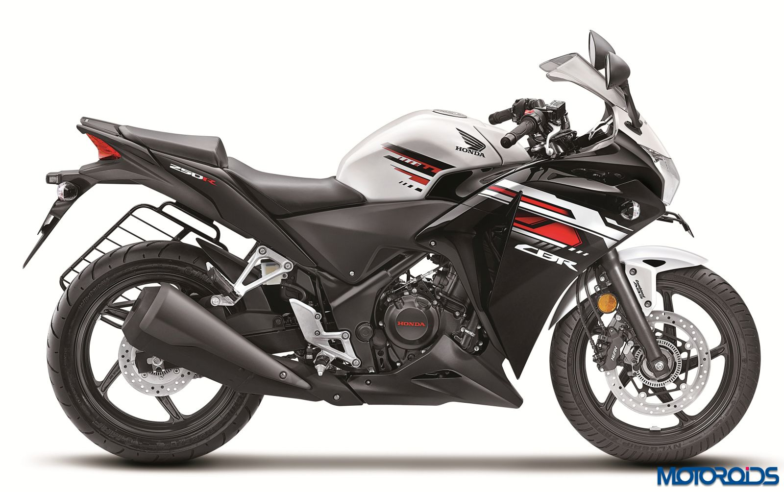 new 2015 honda cbr250r and cbr150r now available in india. Black Bedroom Furniture Sets. Home Design Ideas