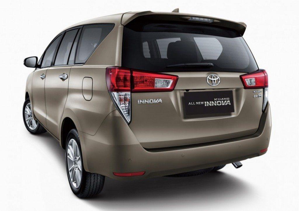 2016 Toyota Innova (2)