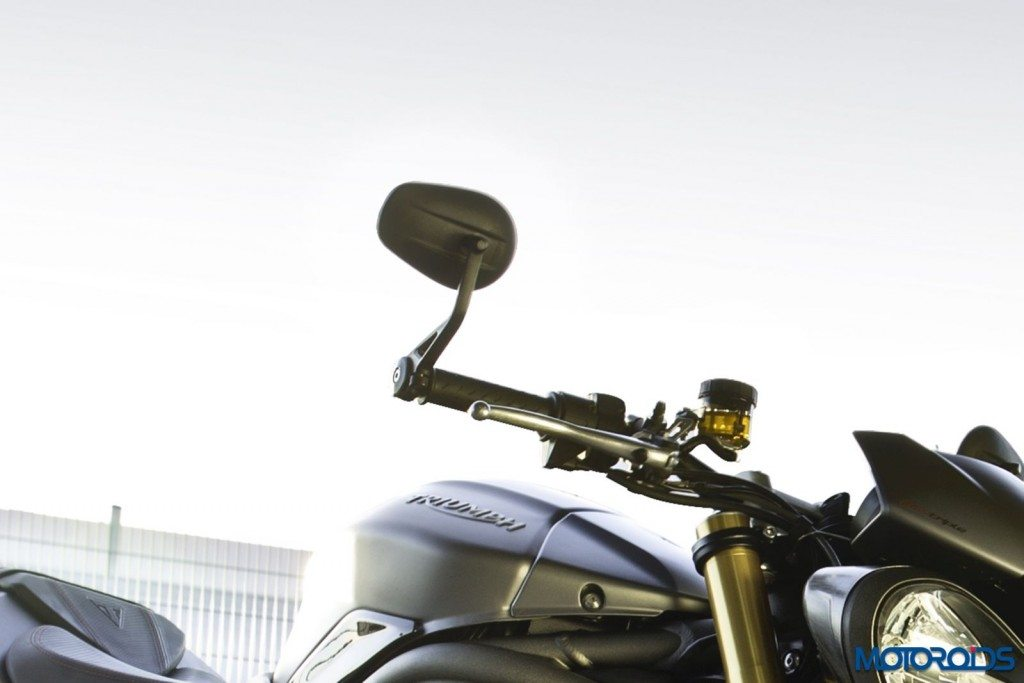 2016 Triumph Speed Triple Series - Official Images - 12 - Bar End Mirrors