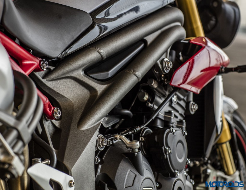 2016 Triumph Speed Triple Series - Official Images - 19 - Frame