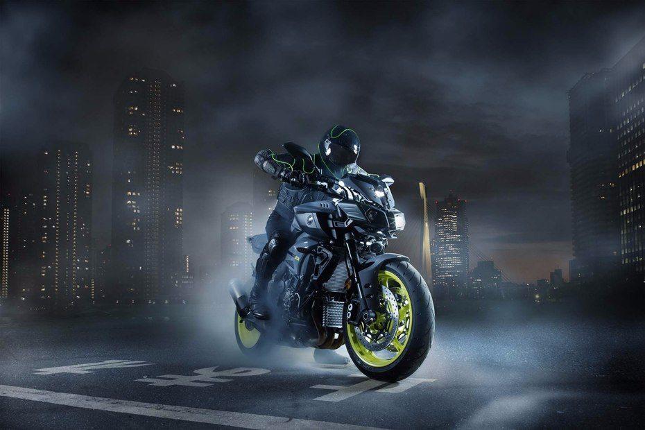 2016 Yamaha MT-10 EICMA