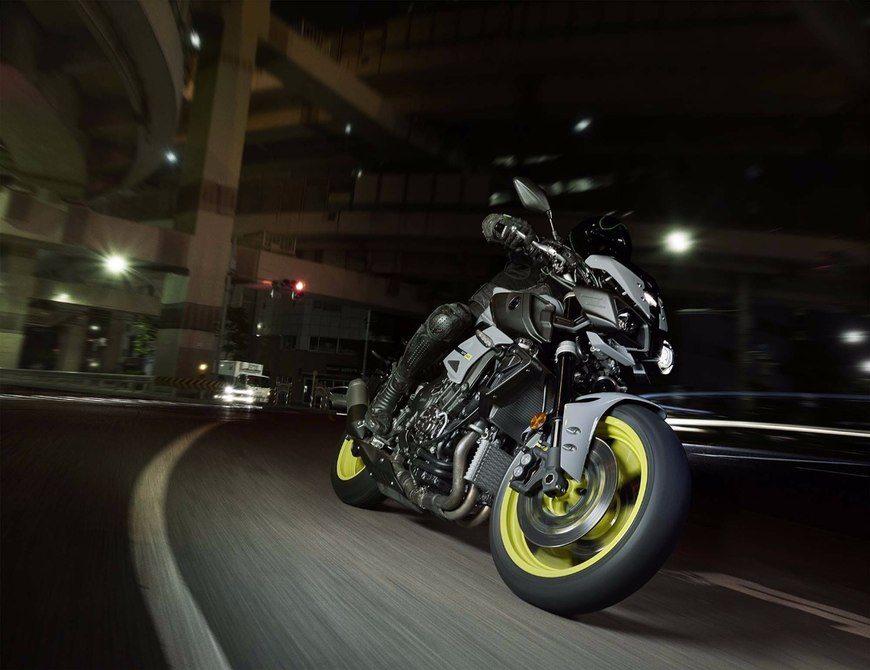 2016 Yamaha MT-10 EICMA (23)