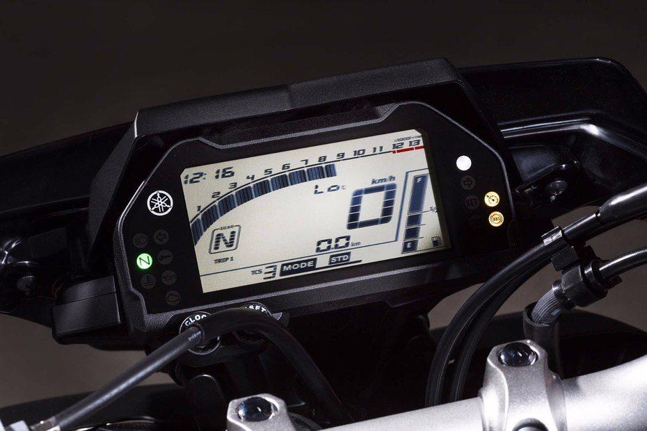 2016 Yamaha MT-10 EICMA (31)