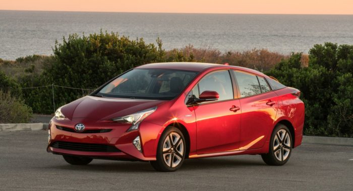 All-New 2017 Toyota Prius Launched In India For INR 38,96,040