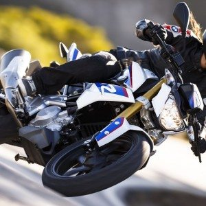 Official : BMW G310R India launch in October 2016, may be priced between INR 2.5-3.0 lakh