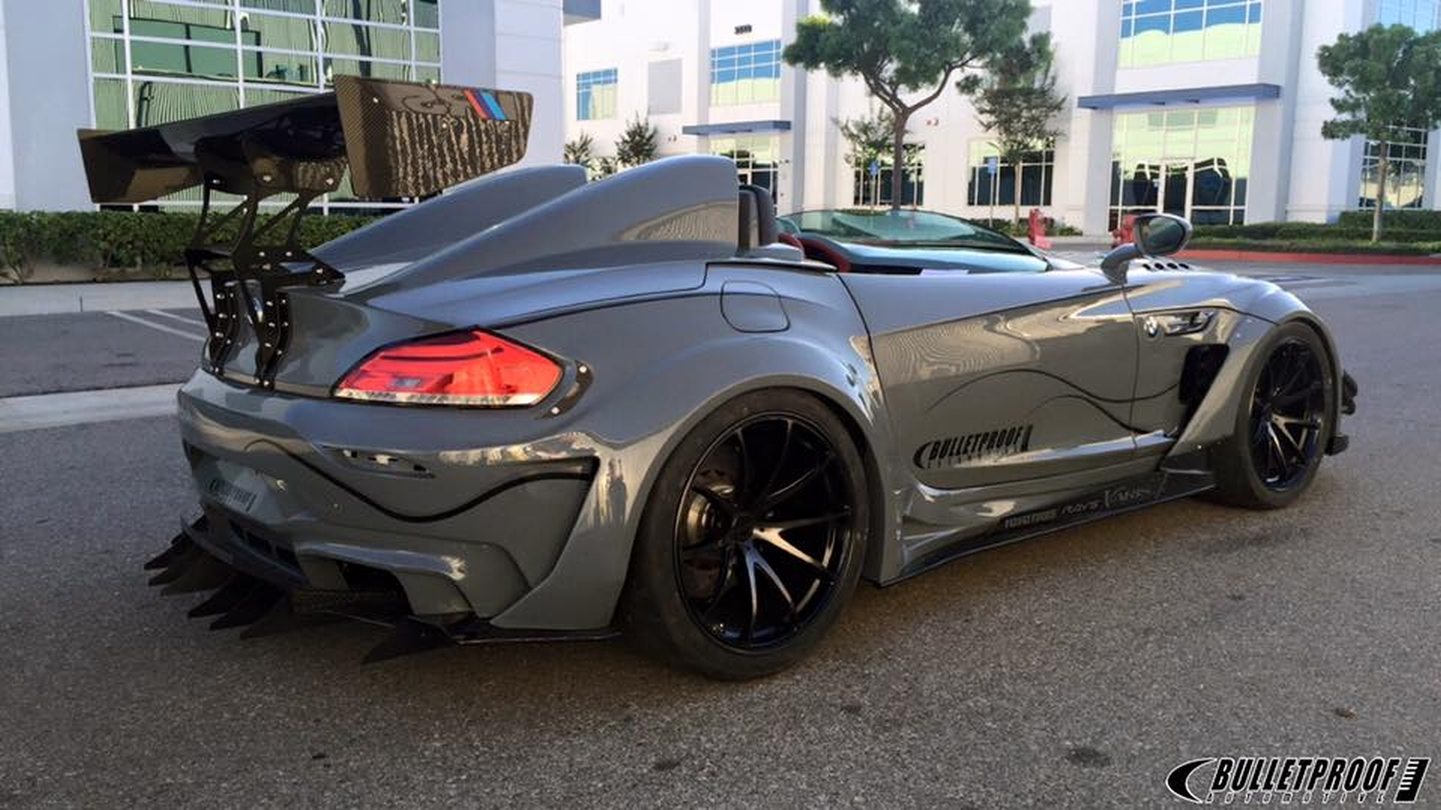 This Bmw Z4 Gt Continuum By Bulletproof Automotive Will Give The Batmobile A Sleepless Knight