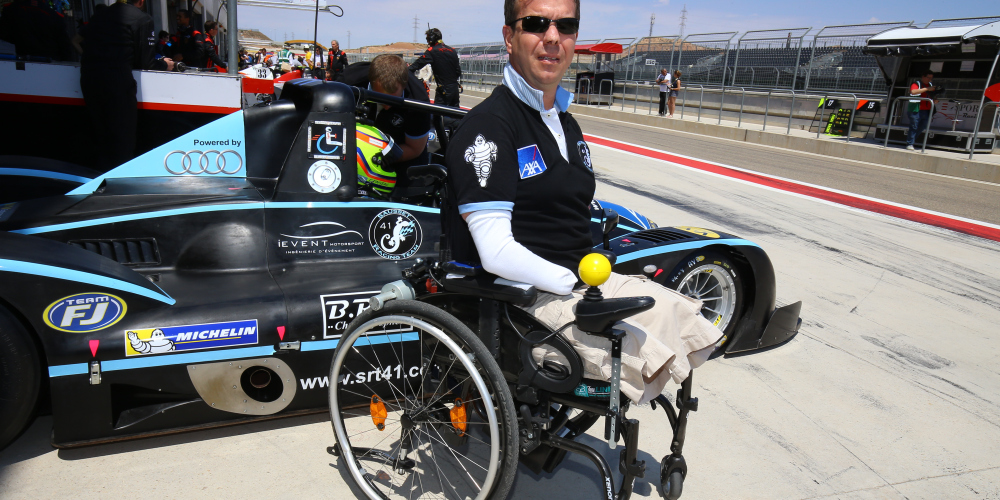 video physically challenged man set to inspire thousands to race in le mans 2016 motoroids. Black Bedroom Furniture Sets. Home Design Ideas