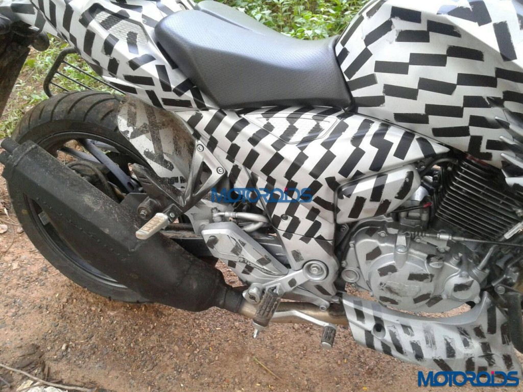 Upcoming TVS Apache 200 Spied Upclose (3)