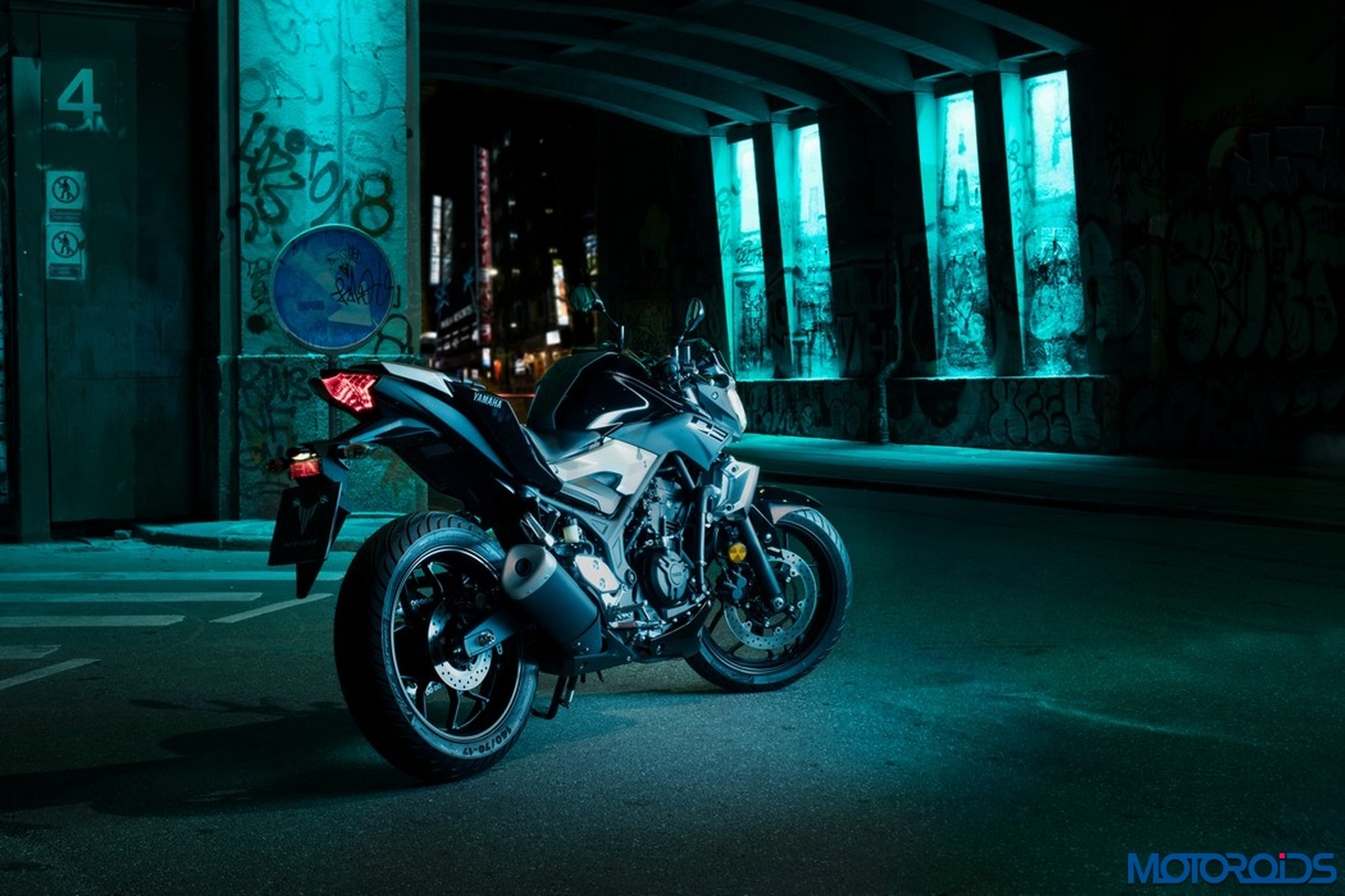 Yamaha MT-03 (3)