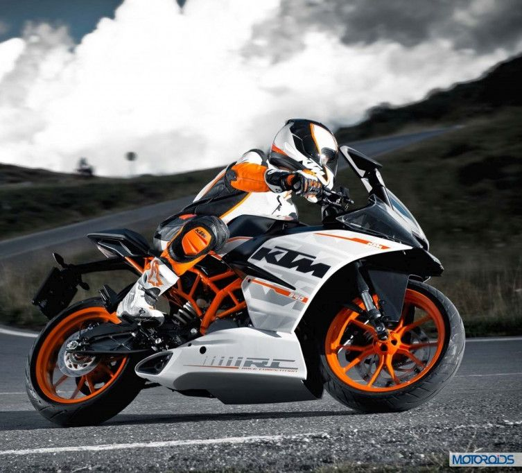 2015 KTM RC390 - Feature image