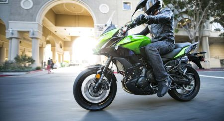 2015-Kawasaki-Versys-650-Official-Images-3
