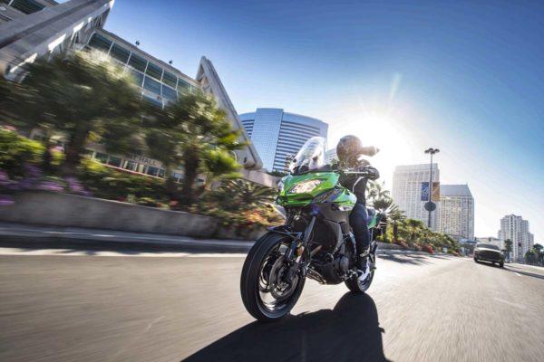 2015-Kawasaki-Versys-650-Official-Images-9