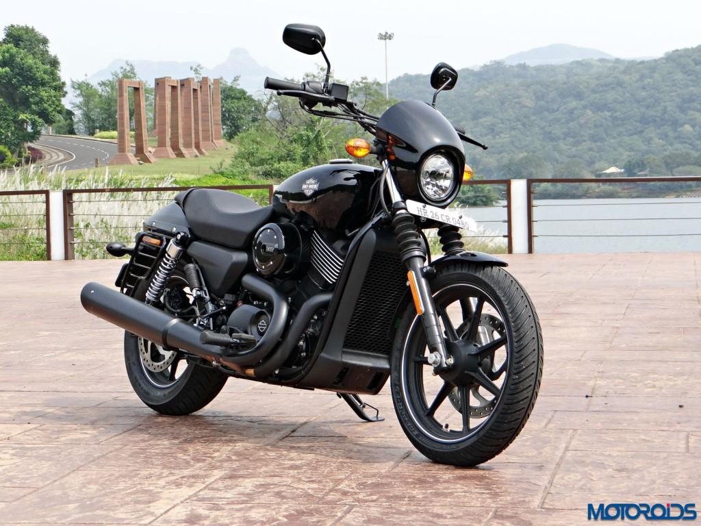 2016 Harley Davidson Street 750 Dark Custom Review (46)