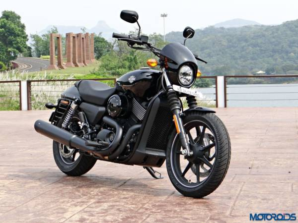 2016 Harley Davidson Street 750 Dark Custom Review (46)