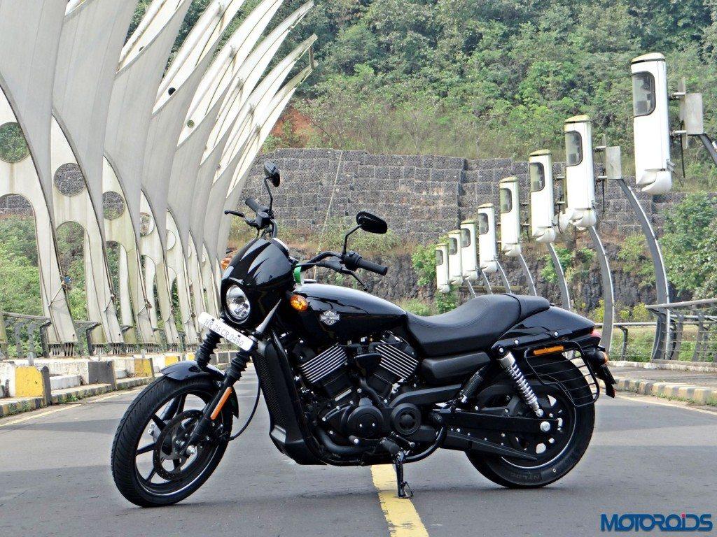 2016 Harley Davidson Street 750 Dark Custom Review (6)