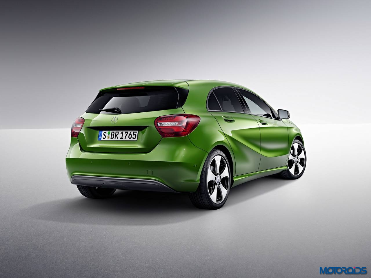2016 mercedes benz a class facelift set to launch in india on december 8 motoroids. Black Bedroom Furniture Sets. Home Design Ideas