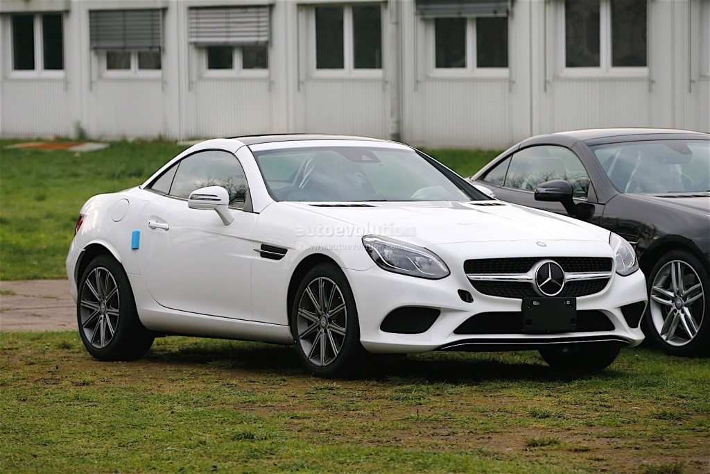 2016 Mercedes-Benz SLC (8)