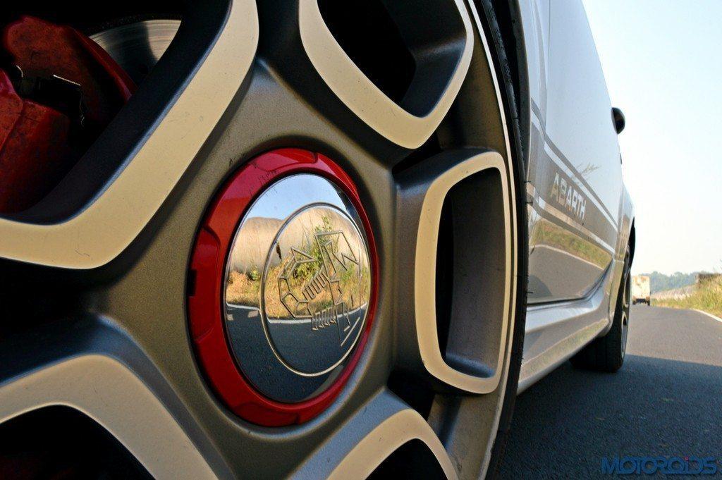 Abarth 595 Competizione Wheel (1)