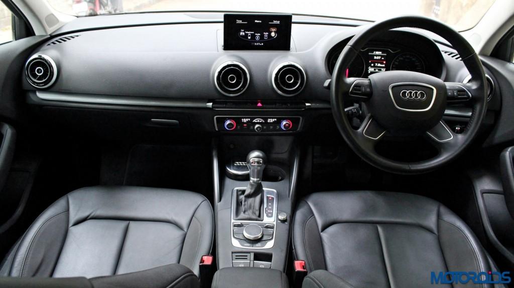 Audi A3 1.8 TFSI petrol dashboard (1)