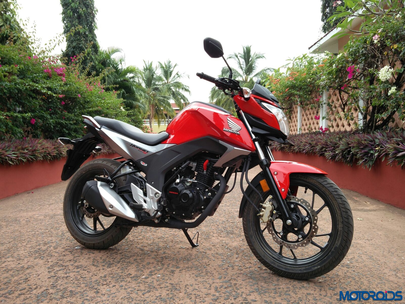 Honda CB Hornet 160R first ride review, images, specs and details : Dressy Diligence | Motoroids
