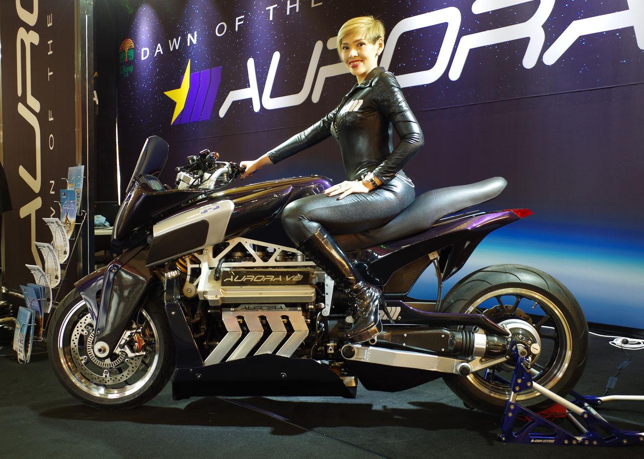 Aurora Hellfire with model