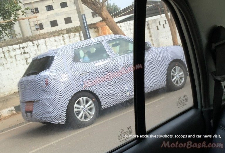 Mahindra-Ssangyong-Tivoli-Spy-Pic-India-Side-768x523