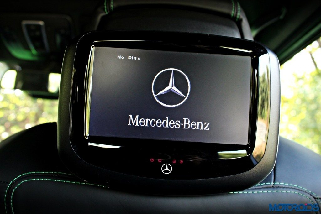 Mercedes AMG G63 Crazy Colour Rear seat entertainment(106)