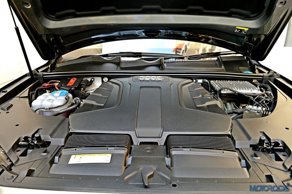 New Audi Q7 Engine