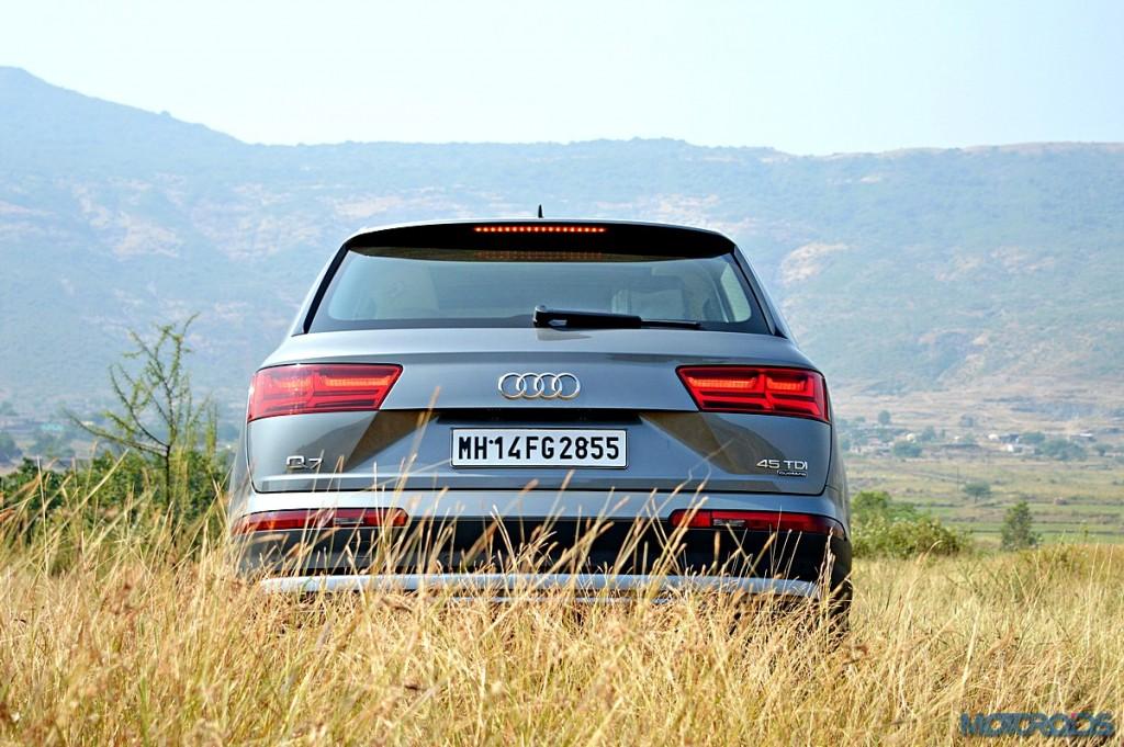 New Audi Q7 Rear