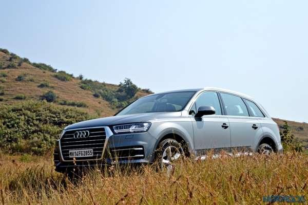 New-Audi-Q7-off-road-6-600x399