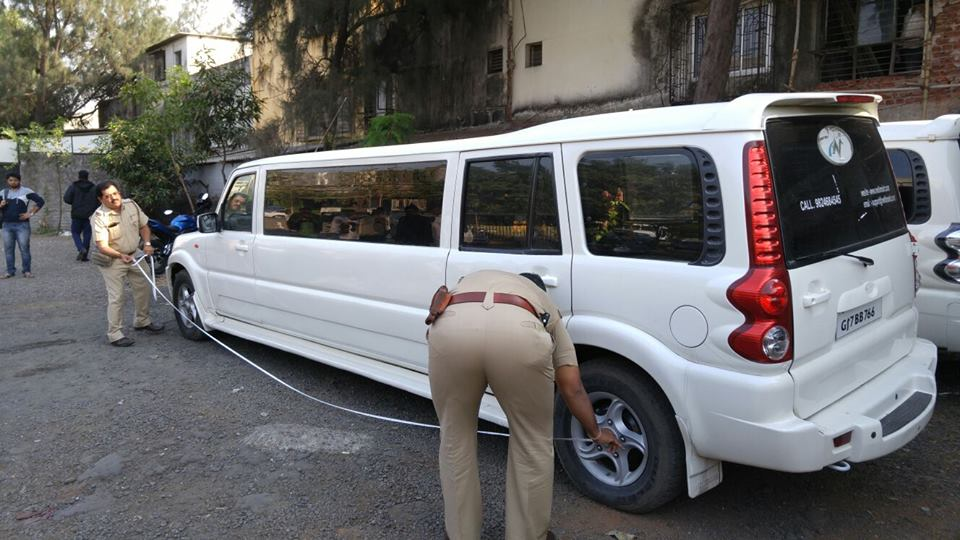 Hummer Limousine Price In India >> Mahindra Scorpio stretched beyond its limit, seized by RTO | Motoroids