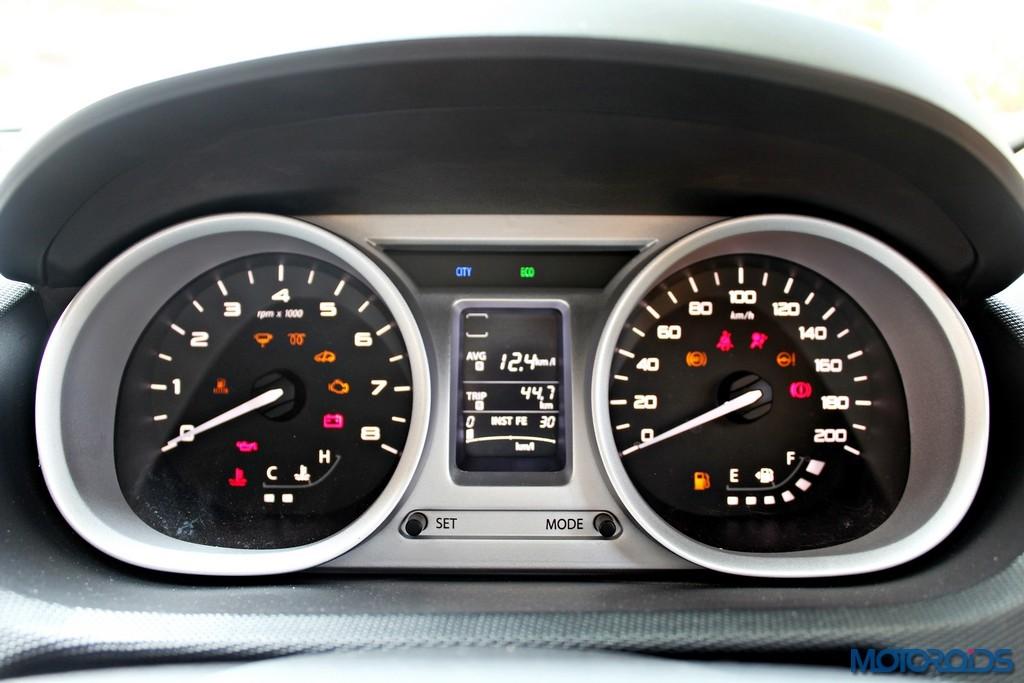 Tata Zica Infotainment System (7)