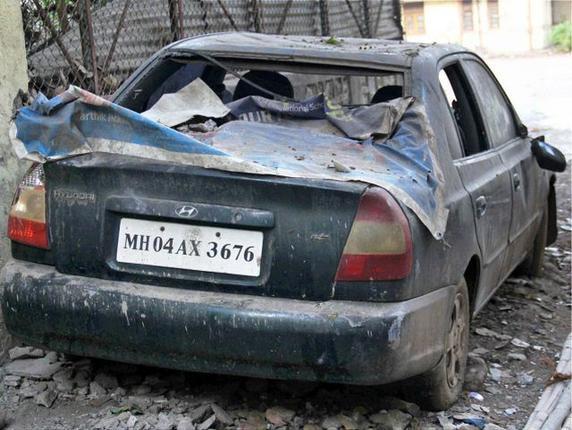 Dawood Ibrahim car burn