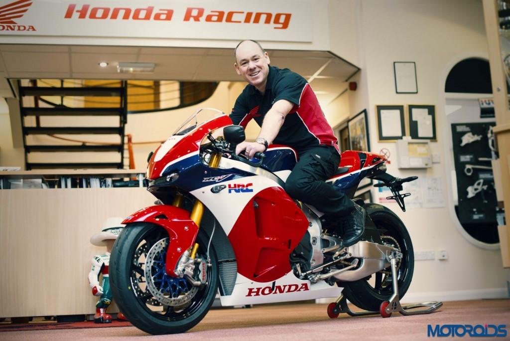 Worlds First Honda RC213V-S Delivered (1)