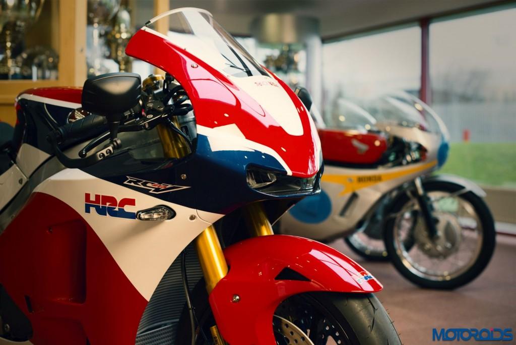 Worlds First Honda RC213V-S Delivered (3)