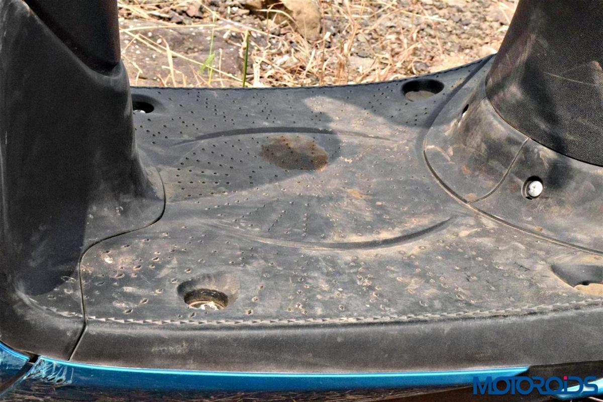 Yamaha Fascino footboard