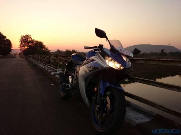 Yamaha-R3-1-600x450
