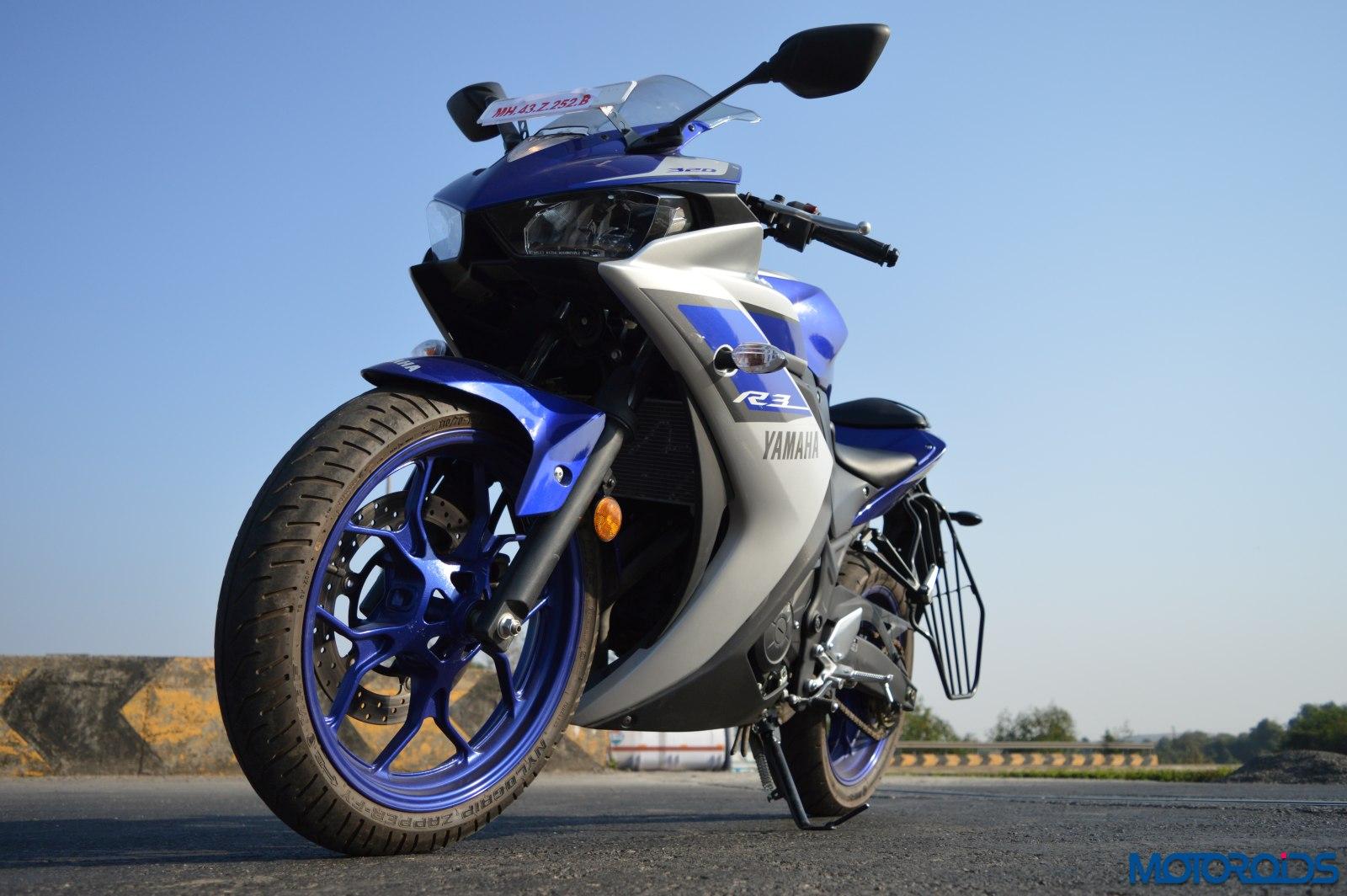 Yamaha R3 vs RC390 vs Ninja 300 Shootout (22)