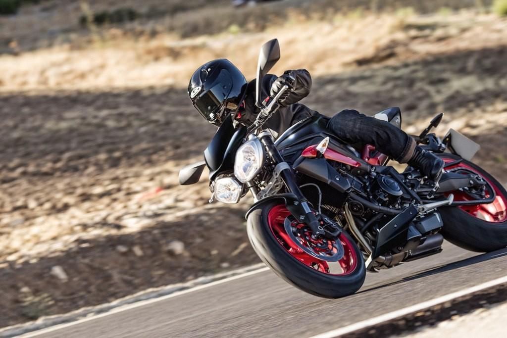 2016 Triumph Street Triple Rx Black (1)