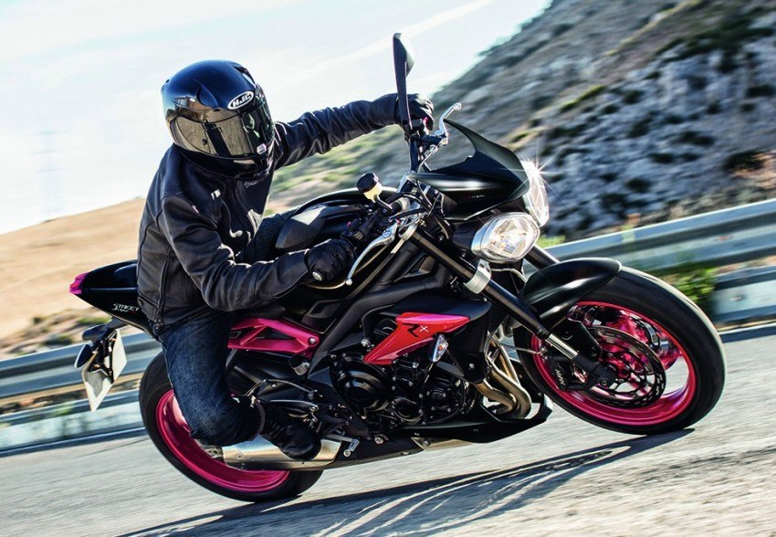 2016 Triumph Street Triple Rx Black (2)