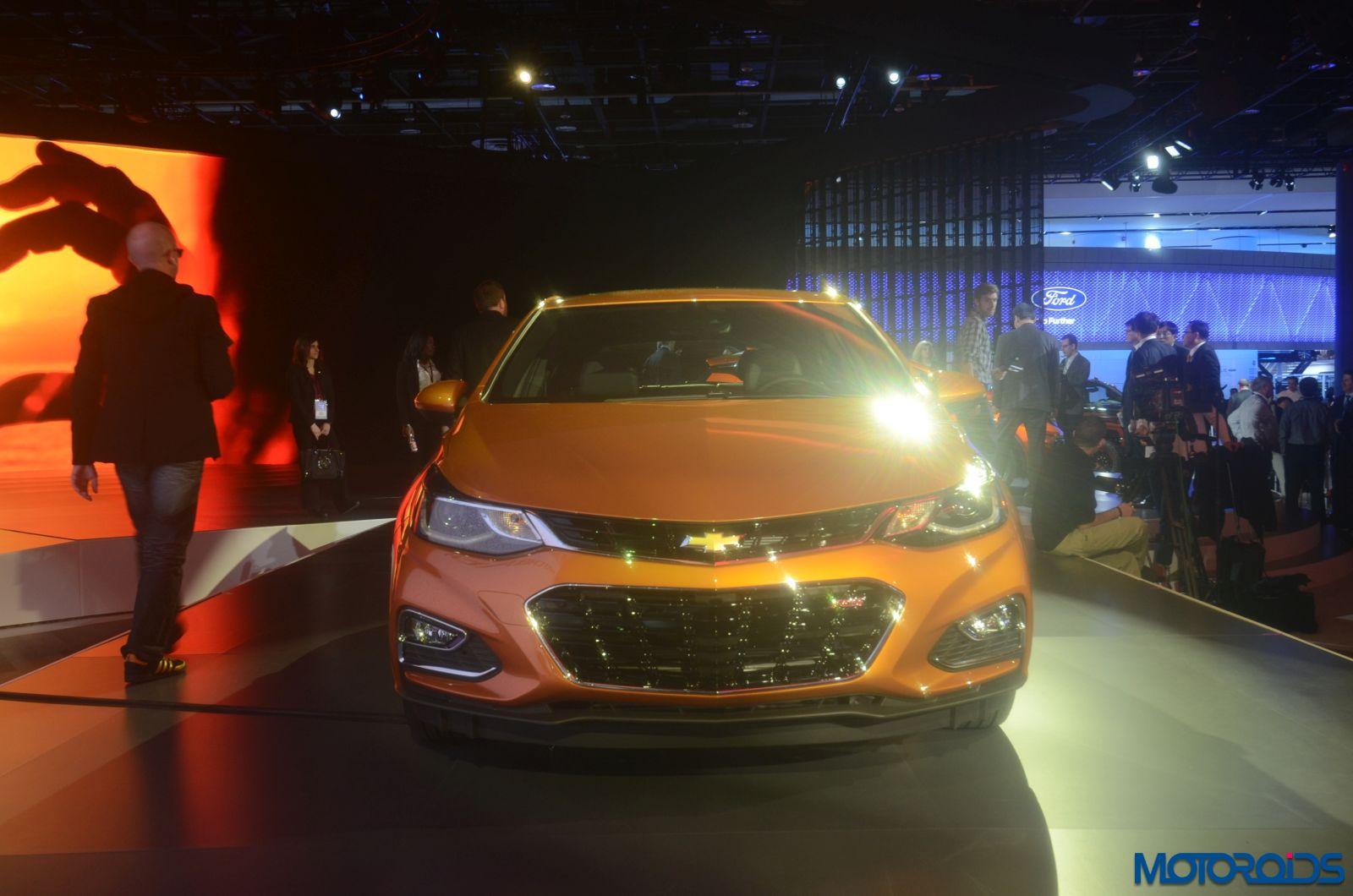 2017 Chevrolet Cruze Hatchback front profile