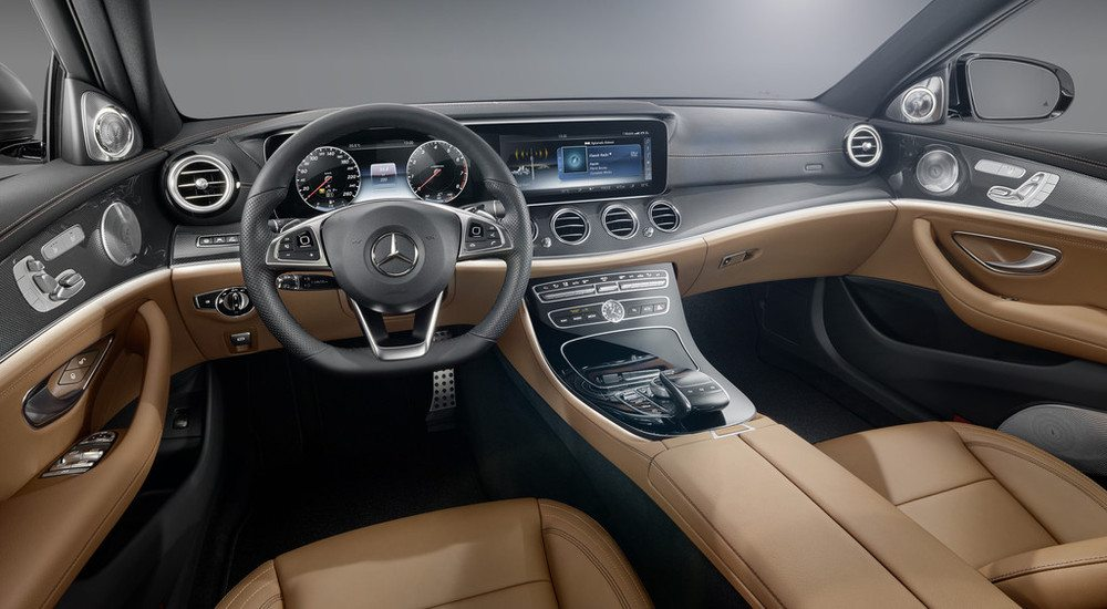 2017 Mercedes E-Class steering wheel