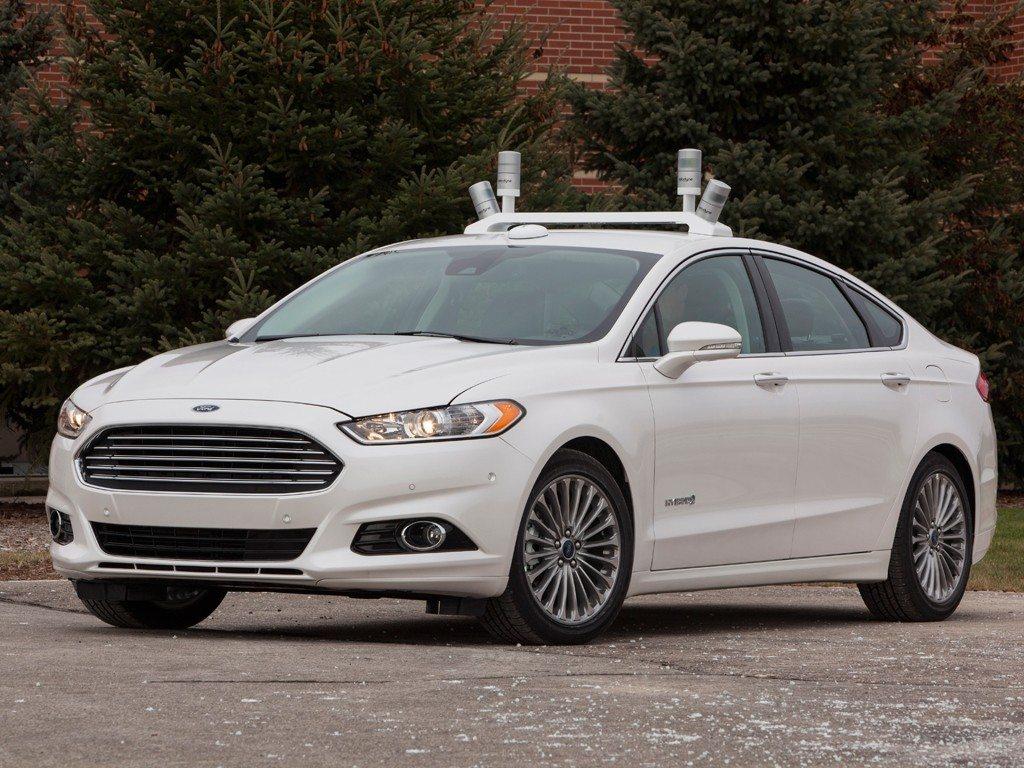 Autonomous-Ford-Fusion-Hybrid-1024x768