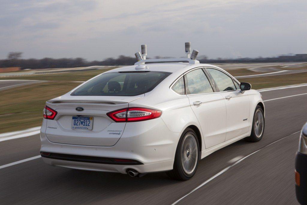 Autonomous-Ford-Fusion-Hybrid-8-1024x683