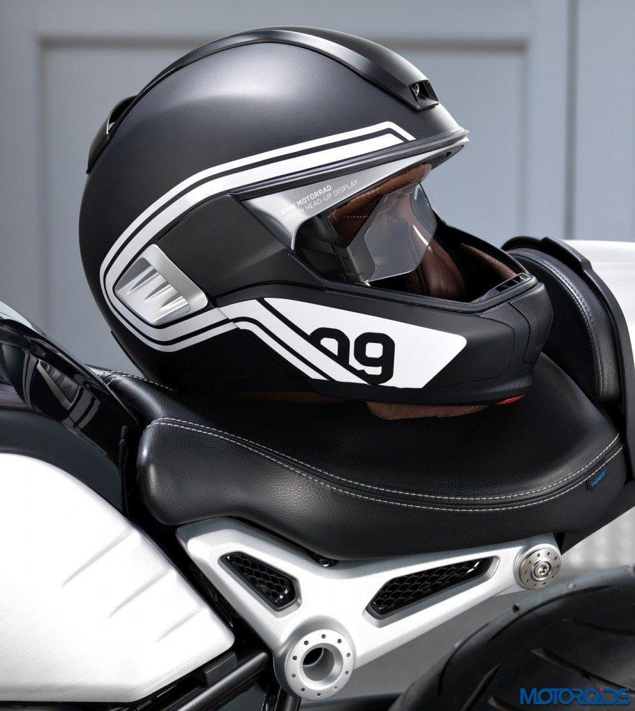 BMW Motorrad HUD Helmet (2)